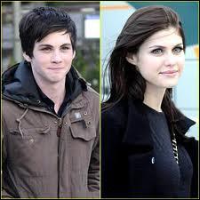 Dans quel tome Annabeth dit à Percy qu'il est mignon quand il s'inquiète ?