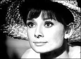 Elle quitta ce monde le 20 janvier 1993 à Tolochenaz dans le canton de Vaud en Suisse. Ambassadrice de l'UNICEF, cette grande dame se nommait...