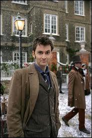 (Episode 14) En quelle année se trouve le docteur ?