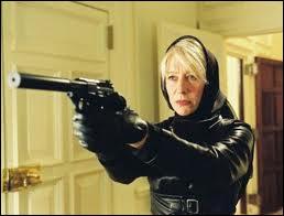 Helen Mirren est ici en position de force, dans un rôle inhabituel pour elle. Ce film d'action comique est ?