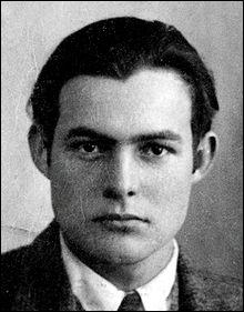 Qui est l'auteur du roman ''Le Vieil Homme et la Mer'' ?