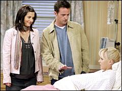 Anna Faris joue la mère biologique des jumeaux de Monica et Chandler. Quel est son prénom ?