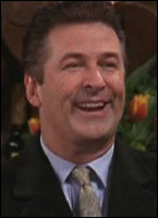 Alec Baldwin joue Parker le petit ami surexcité de Phoebe. Il l'accompagne lors de quelle fête ?