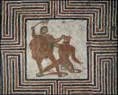 Parmi les autres compagnons, se trouve également le héros qui a tué le Minotaure. Quel est son nom ?