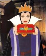 Comment s'appelle la reine, belle-mère de Blanche-Neige ?