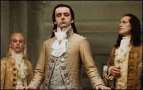Qui essaye (avec son don) de briser les liens entre les Cullen et ses amis ?