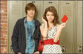 Qui est le petit ami superficiel de Dylan ?