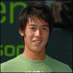 Quel est ce joueur de tennis professionnel ?