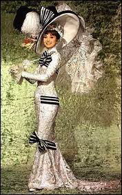 Dans ce qui est sans doute l'une des plus extravagantes tenues du cinéma, Audrey Hepburn qui s'en va aux courses d'Ascott. Quel est ce chef d'oeuvre ?