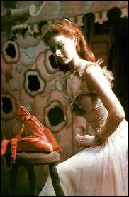 Ce film est un grand classique, réalisé par Michael Powell, avec Moira Shearer. Quel en est le titre ?