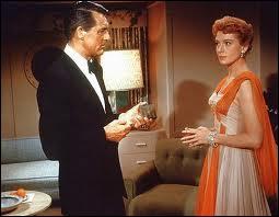 Encore un grand classique du film sentimental : Cary Grant, Deborah Kerr, l'Empire State building... c'est le film que regarde en boucle Meg Ryan dans  Nuits blanches à Seatlle ...
