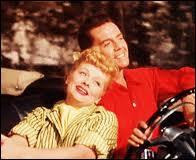 Dans ce classique extrêmement drôle de la comédie US des années 50, le couple Desi Arnaz et Lucille Ball voyagent au travers du pays dans une caravane. Vincente Minelli est le réalisateur. C'est ?
