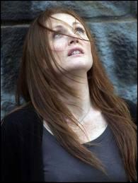 C'est Julianne Moore qui est l'héroïne de ce film très oppressant et étrange, dans lequel elle tente de se remettre de la mort de son petit garçon. Quel est le titre de ce film ?