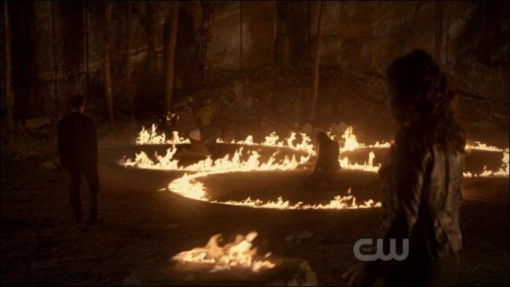 Qui a donné son âme à Elena pour ne pas qu'elle meure quand Klaus l'a mordra lors du sacrifice ?