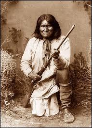 A quelle tribu indienne Geronimo appartenait-il ?