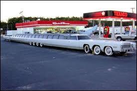 Combien de mètres mesure la plus longue automobile du monde ?
