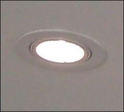 Quelle est la tension généralement utilisée en éclairage TBT ?