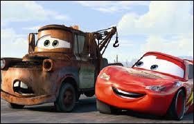 Qui est l'ami dépanneur de Flash McQueen dans  Cars  ?