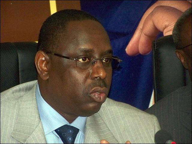 Macky Sall a été élu nouveau président de la République du Sénégal le 25 mars. Depuis quand Abdoulaye Wade était-il au pouvoir ?