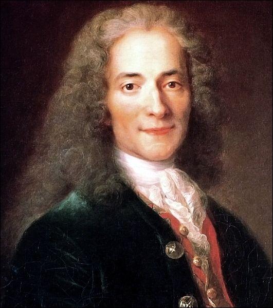 Sous son pseudonyme, Voltaire, c'était un philosophe connu pour sa défense des libertés civiles ainsi que ses oeuvres littéraires qu'il utilisait pour critiquer les dogmes religieux. Il s'agit de :