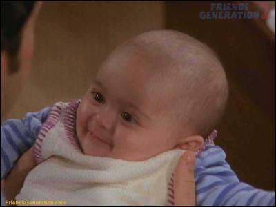 Comment s'appelle la fille de Ross et Rachel qui naît à la fin de la saison 8 ?