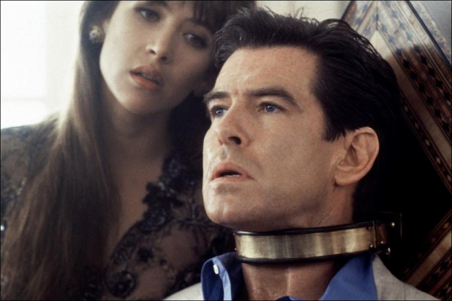À quel film de James Bond s'apparente cette photo ?