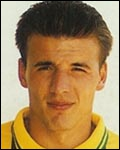 Défenseur français, j'ai gagné le championnat de France (1995) et la Coupe de France (1999) avec Nantes, je suis . .