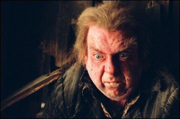 Le traître, Peter Pettigrow, est mort mais quel partie de son corps l'a tué ?