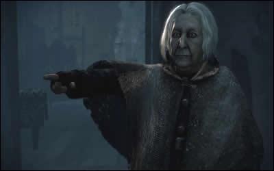 Qui a tué Bathilda Tourdesac pour ensuite prendre possession de son corps ?