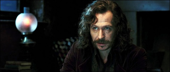 Quel membre de sa famille a tué Sirius Black dans le 5 tome ?