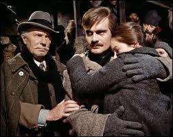 Quel film culte réalisé par David Lean avec Omar Sharif est adapté du roman éponyme de Boris Pasternak ?