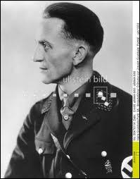 Qui était ministre à l'Education du peuple et à la Propagande sous le IIIe Reich ?