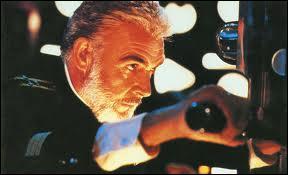 Quel film avec Sean Connery et Alec Baldwin se déroule sous l'eau pendant la Guerre froide ?