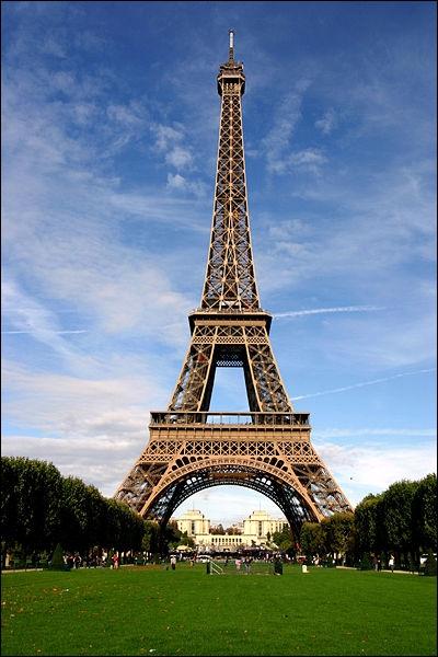 Qui a construit la tour Eiffel ?