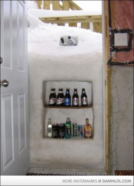 Voici l'usage astucieux qu'a fait ce particulier après de fortes chutes de neige... pratique en cas de coupure d'électricité également, c'est à dire ?