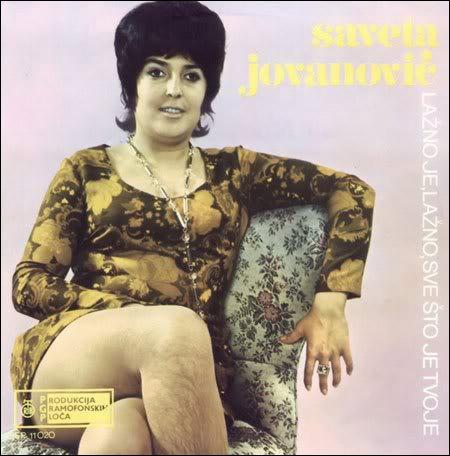 Le plus surprenant sur cette pochette d'album, c'est que la dame... ?