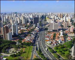 Un gigantesque immeuble de la mégapole brésilienne São Paulo a tellement d'habitants qu'il dispose de son propre code postal !