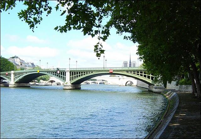 Comment s'appelle ce monument parisien ?