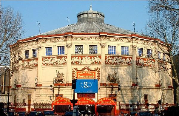 À quel grand nom du cirque appartient le Cirque d'Hiver de Paris ?