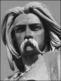 Il enchaîne des succès militaires foudroyants et contrôle rapidement une grande partie de la Gaule. La victoire est d'autant plus aisée que la Gaule n'était qu'une mosaïque de peuples désorganisés, plus ou moins rivaux. De quelle tribu Vercingétorix était-il le chef ?
