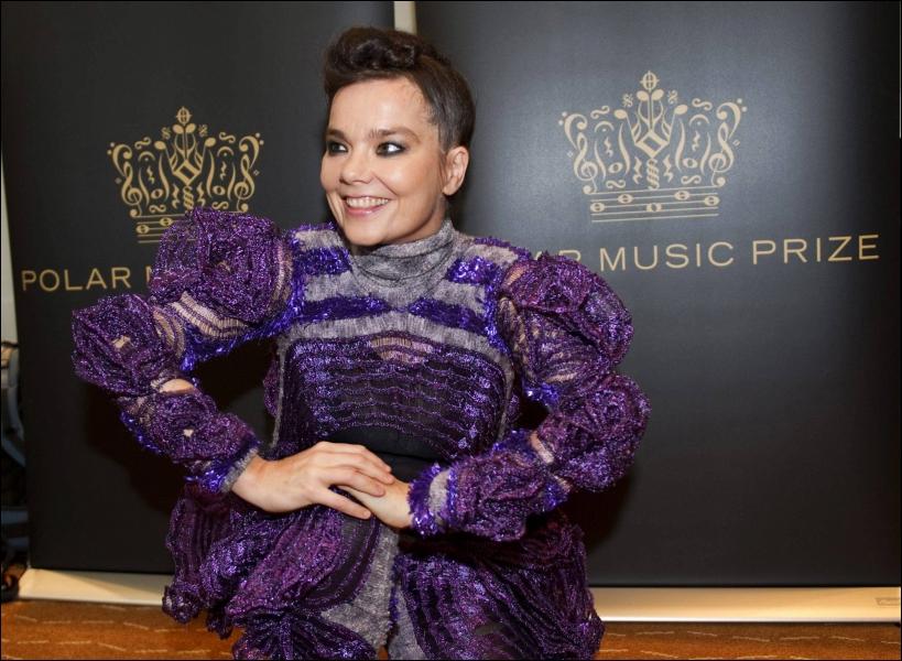 La chanteuse islandaise Björk...