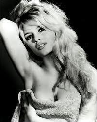 """Brigitte Bardot fut la figure féminine emblématique de l'émancipation des femmes et de la liberté sexuelle des années 1950 et 1960, qui la fit connaître grâce au film 'Et Dieu créa la femme"""" ?"""