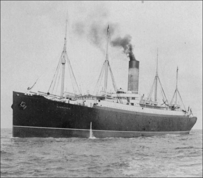 Comment se nomme le navire qui vient porter secours au Titanic suite aux signaux de détresse et aux S. O. S. envoyés par ce dernier ?