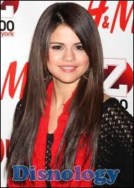 A quel âge Selena a-t-elle commencé à être actrice ?