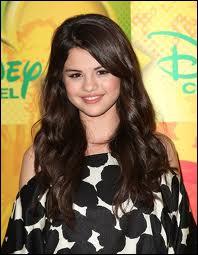 Lequel de ces tubes est de Selena Gomez ?