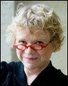 Eva Joly. Lors de ses premières années en France, tout en poursuivant ses études, elle exerce le métier d'/de :