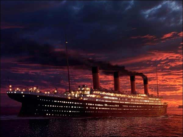 Avec combien de compartiments fissurés maximum le Titanic peut-il rester à flot ?