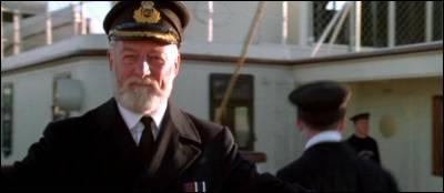Combien d'années d'expérience a Edward Smith en tant que capitaine ?