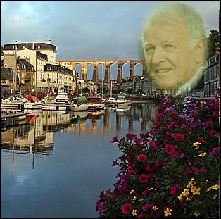 Il fut le premier français de l'espace en 1982. Bien que né à La Rochelle, il a passé son adolescence à St Brieuc et à Morlaix ... .