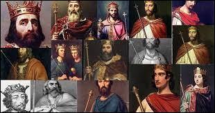 Pépin le Bref se fait sacrer Roi des Francs avec la bénédiction papale. Quelle nouvelle dynastie fonde-t-il ?